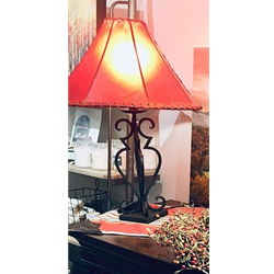 ART-020 TABLE LAMP WITH SHADE